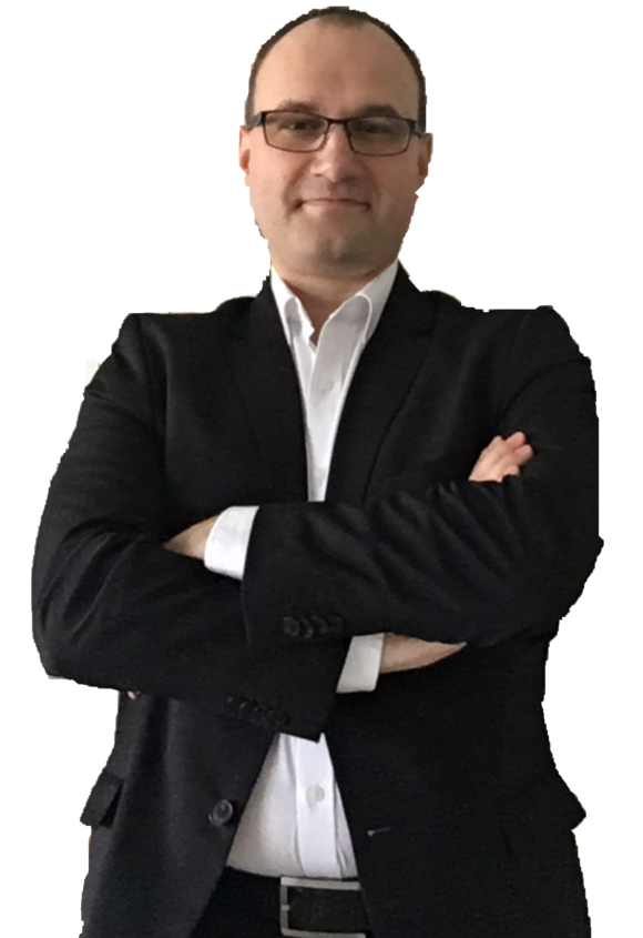 dr Adam M. Adamek
